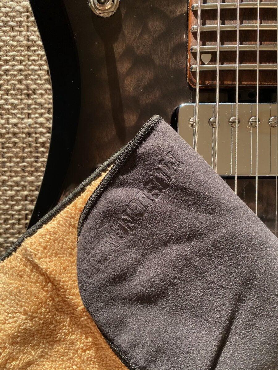 MN241 Music Nomad 2 'n 1 Beyond Plush Players Cloth